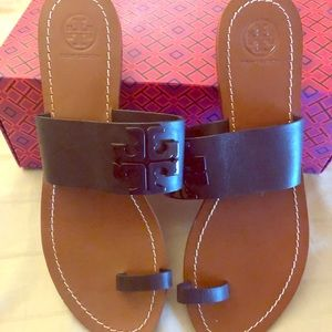 Tory Burch toe ring sandal